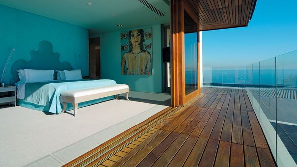 002945-13-room-deck-ocean-view