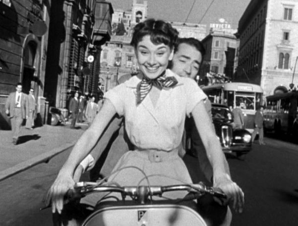 2153847db408b1cd_audrey_hepburn_roman_holiday_haircut