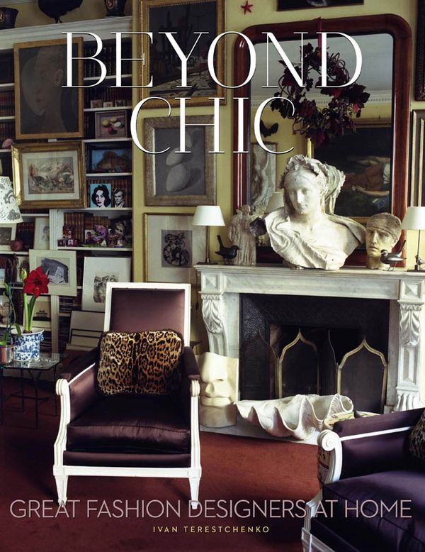 VER-BEYOND-CHIC-COFFEE-TABLE-BOOK